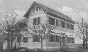 Gasthof Ziernberger 1922 später Gemeindeamt heute ein Fotostudio